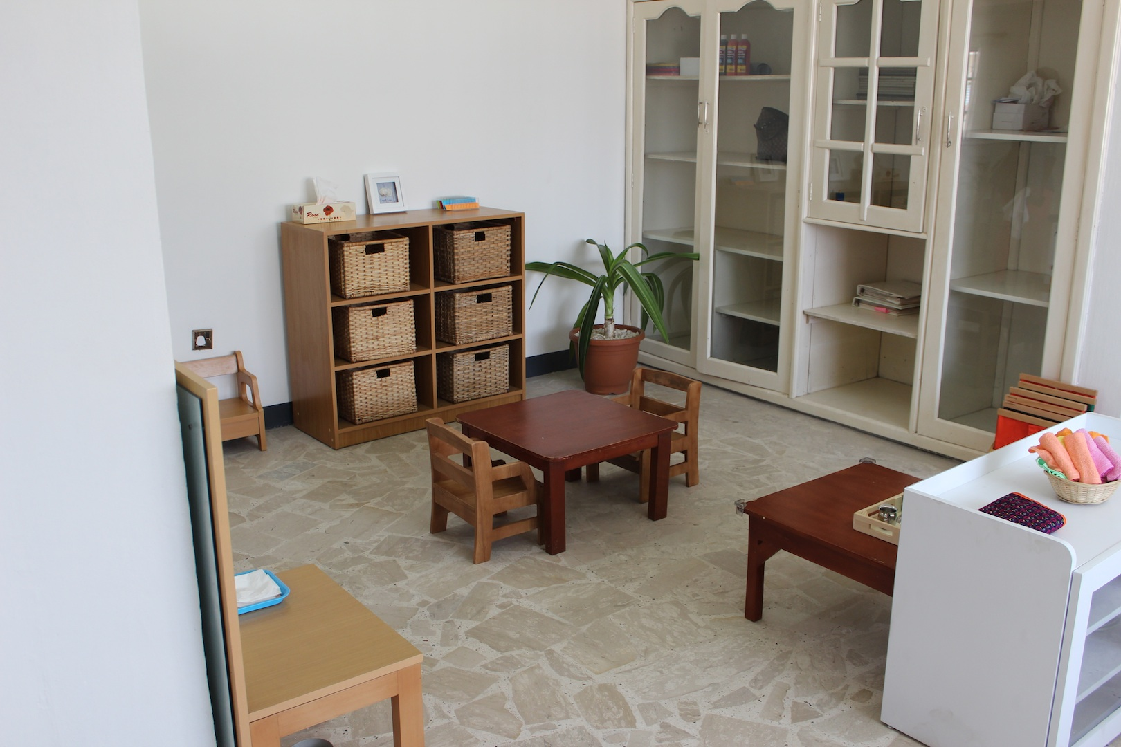 Choosing A Montessori School The Prepared Environment